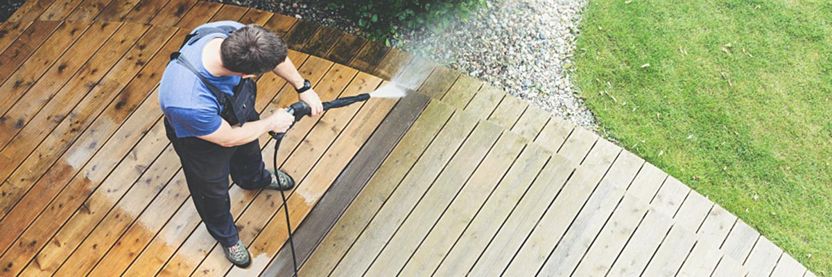 Fence and Deck Cleaning Power Wash